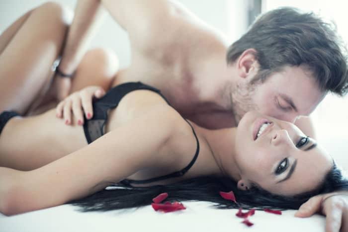 homem inseguro no sexo